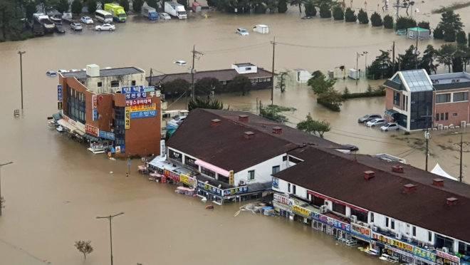 Tufão Mitag causa inundações na Coreia do Sul
