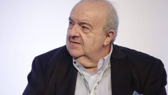 Prefeito de Curitiba Rafael Greca.