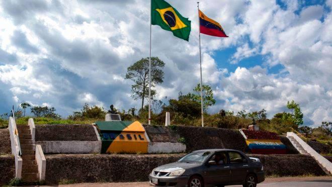 Fronteira entre Brasil e Venezuela, em Pacaraima, Roraima.