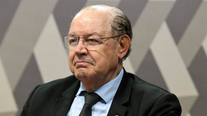 Luiz Carlso Hauly (PSDB) segue atuante em Brasília após deixar a Câmara, onde estava há quase 30 anos.
