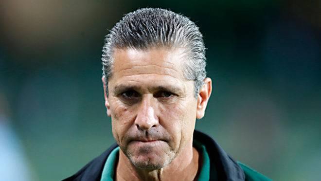 Técnico Jorginho foi duro ao cobrar jogadores do Coritiba