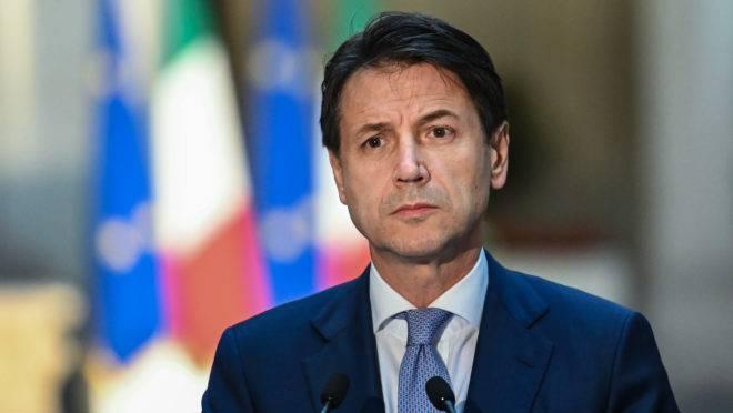 It lia reduz o n mero de parlamentares em um ter o for Numero deputati parlamento italiano