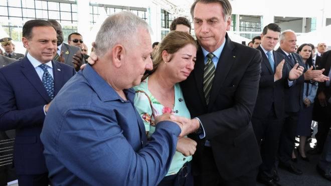 Presidente Jair Bolsonaro participou de homenagem à família do PM Erik Henrique Ardenghe, morto em março de 2017.