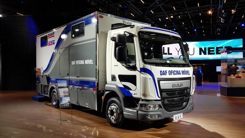 O modelo LF exibe no Brasil o conceito oficina móvel, que será implantado em breve no país pela marca holandesa.