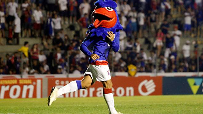 Último jogo na Vila Capanema foi de vitória do Tricolor no Paratiba.
