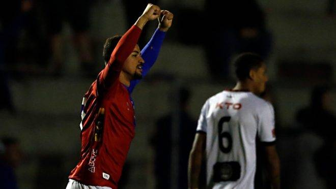 Judivan comemora gol pelo Paraná. Foto: Albari Rosa/Gazeta do Povo