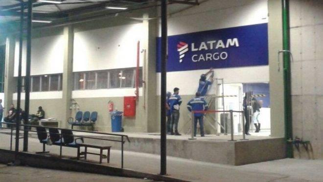 Terminal de Cargas da Latam, no Aeroporto do Galeão.
