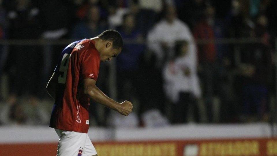 Confira as notas do Paraná em derrota traumática contra o Figueirense