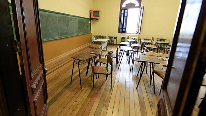 Escolas deveriam ficar fechadas para 76% dos entrevistados