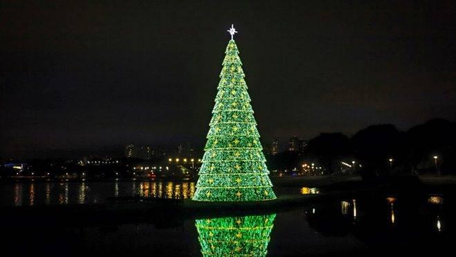O Natal de Curitiba vai reunir mais de 100 atrações na cidade.