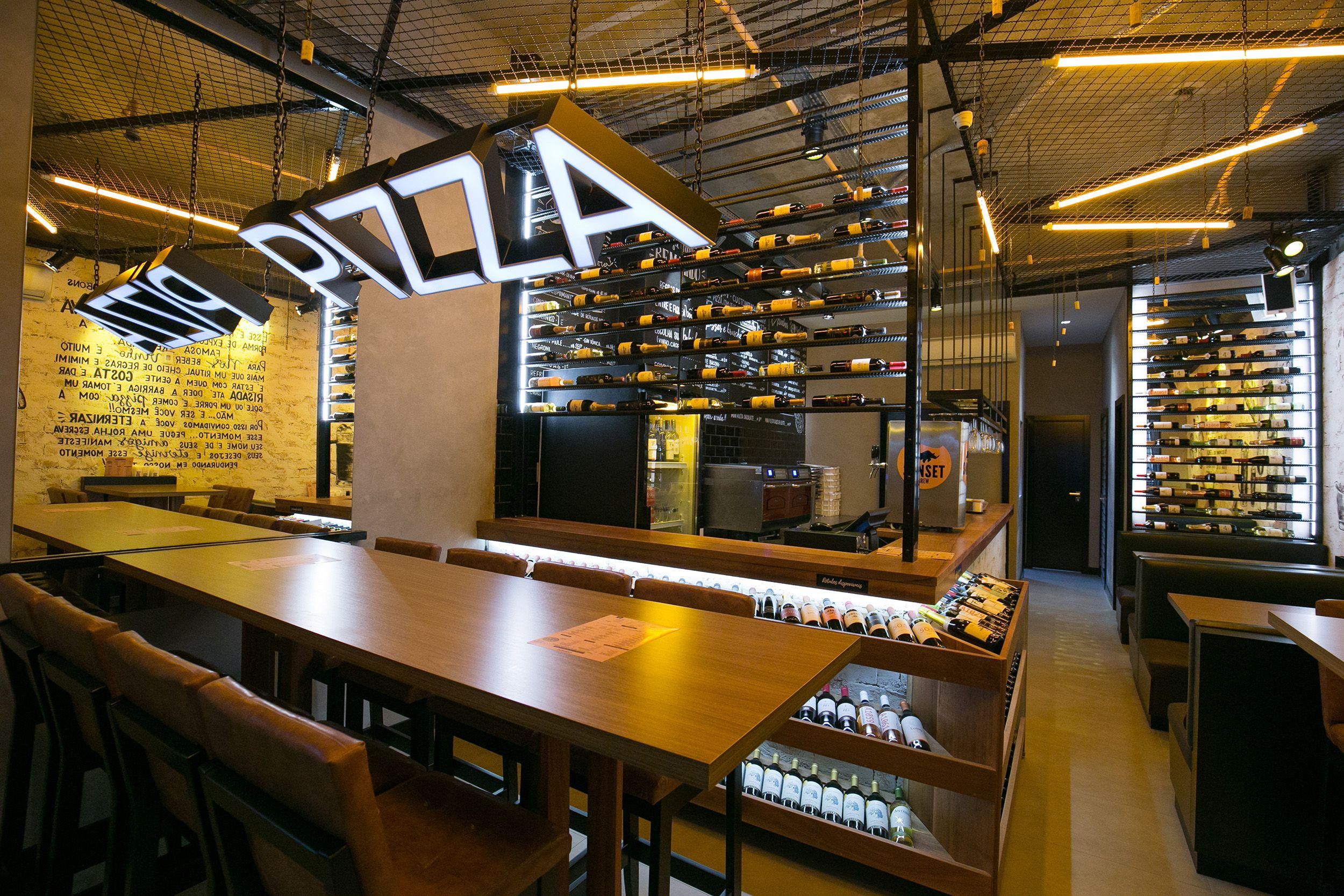 Oven Pizza Bar em Balneário Camboriú. Modelo em Curitiba deve abrir no começo de 2020. Foto:  Estúdio Mauro Molina.