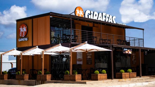 A abertura do primeiro Giraffas no modelo de containers na Grande Curitiba vai acontecer entre fevereiro e março de 2020. O local ainda não foi divulgado.