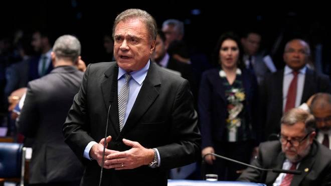 Senador Alvaro Dias (Podemos-PR)
