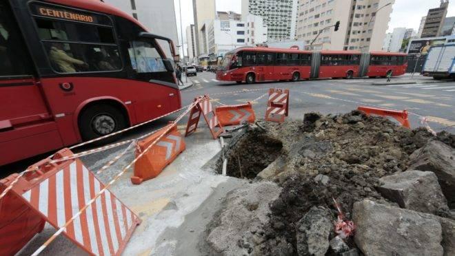 As obras devem durar 10 dias, segundo a prefeitura de Curitiba.
