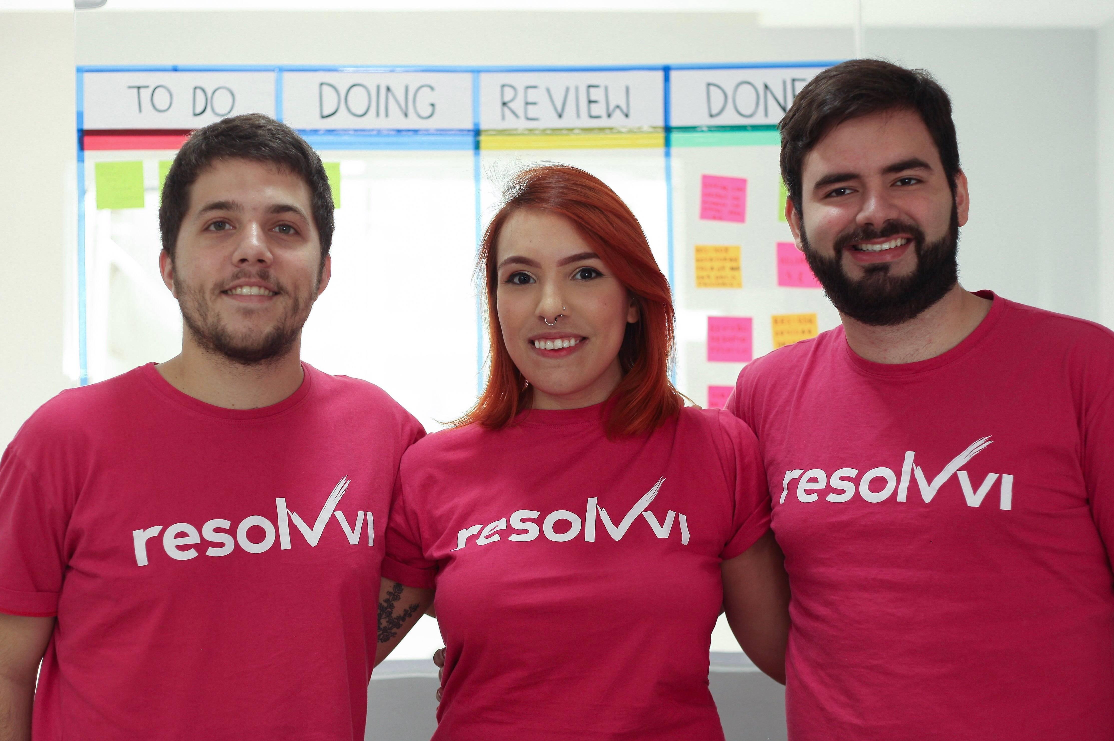 Bruno Arruda, Patrícia Autran e Jesus Hernandez, sócios da Resolvvi.