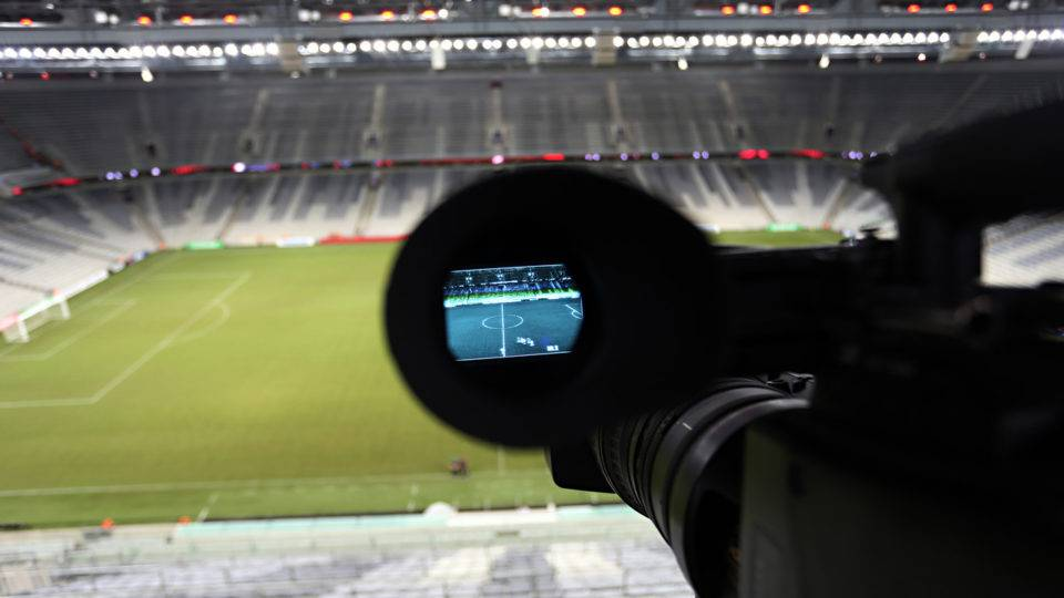 Athletico lidera transmissões na TV Globo e já ganhou R$ 16 milhões