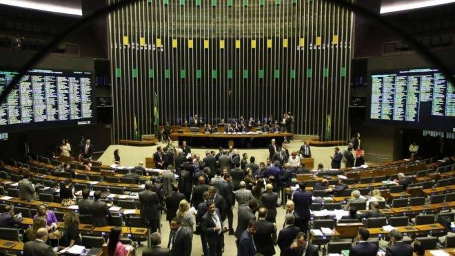 Câmara dos Deputados e Senado terão semana cheia de projetos pautados devido a pandemia do novo coronavírus.