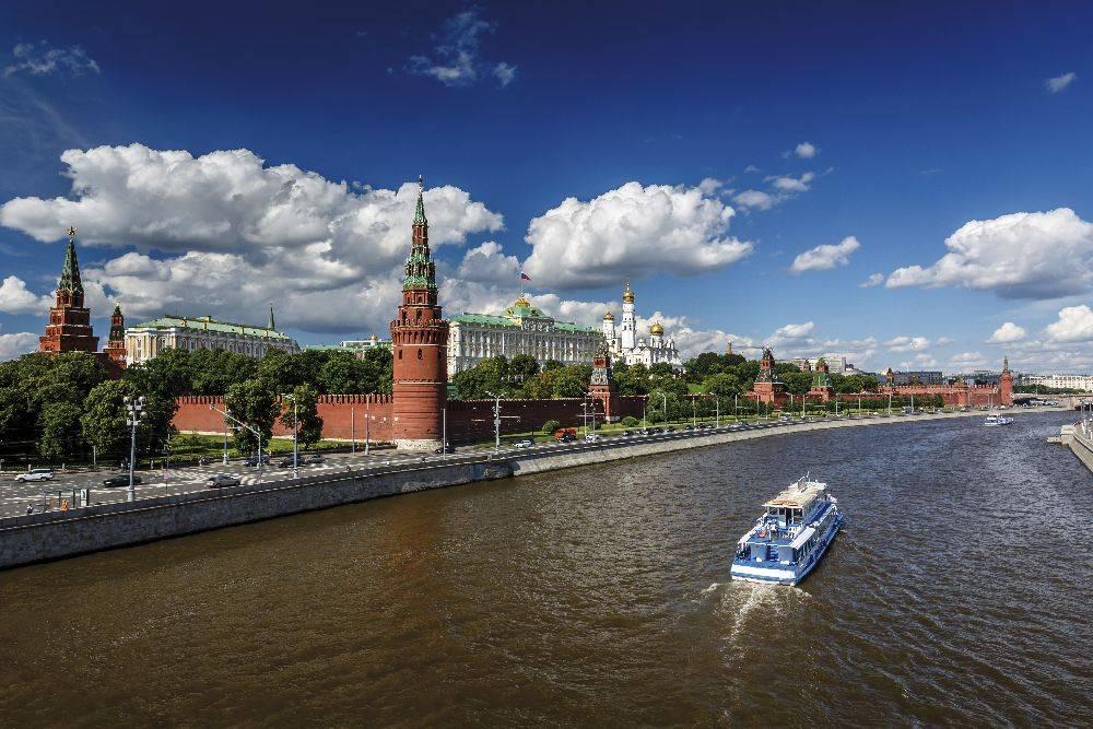 A volta ao mundo termina em Moscou, com visita ao Kremlin, sede do governo russo, depois de 24 dias. Foto: Divulgação.