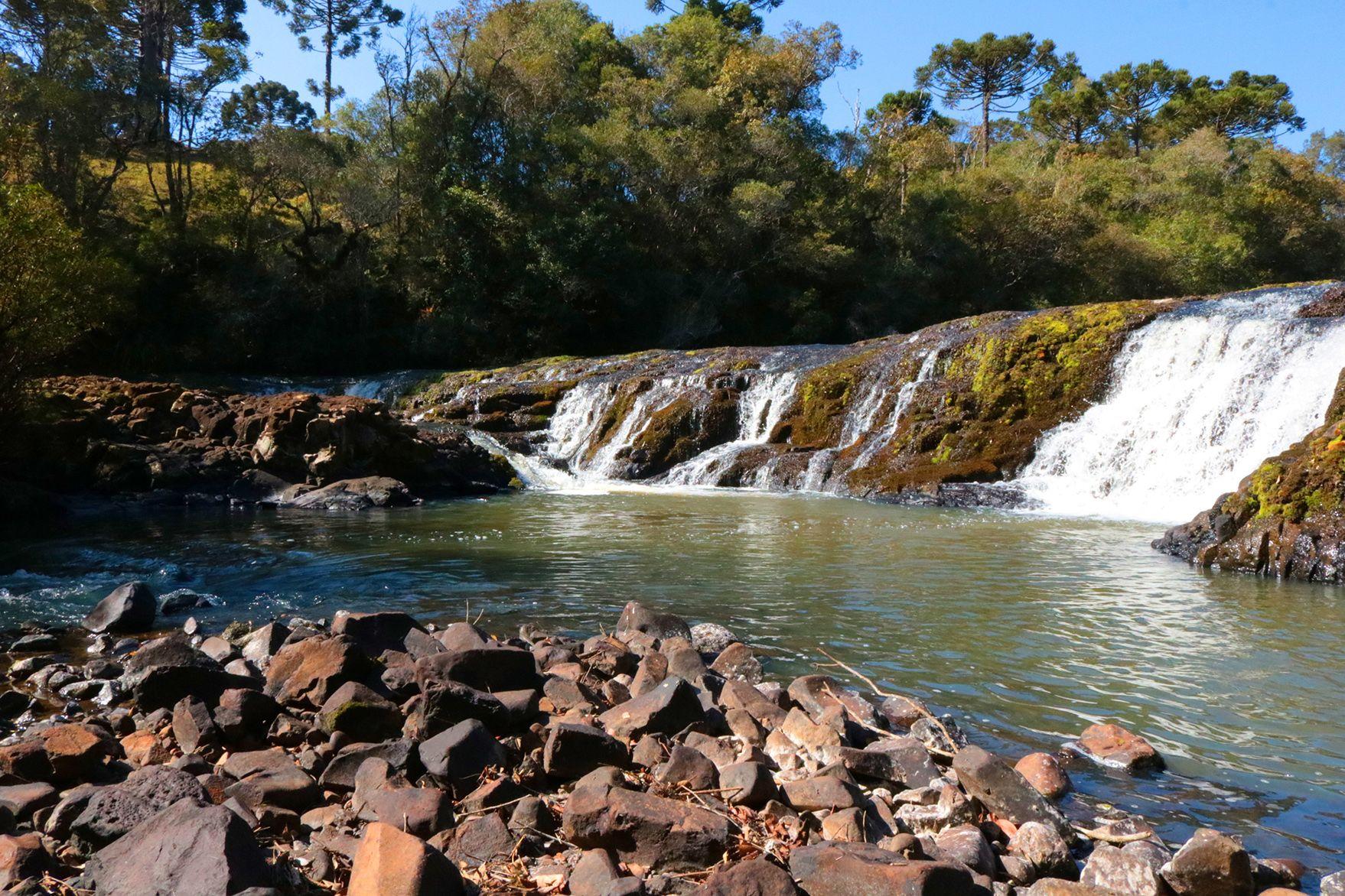 A Caminhada Internacional da Natureza revela as belas paisagens do município. Foto: Prefeitura de Turvo/Divulgação