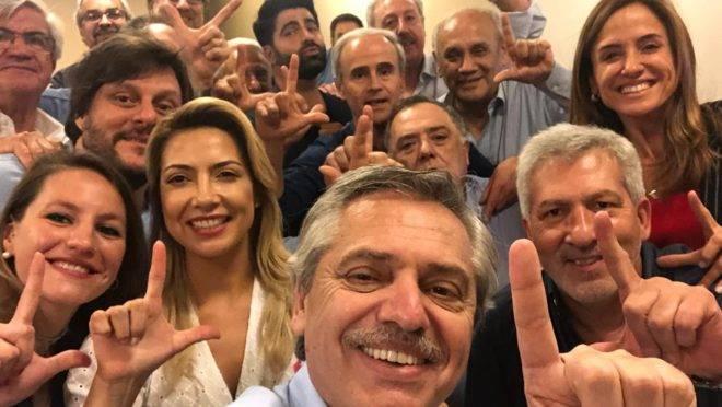 Alberto Fernández comemora decisão que beneficia Lula