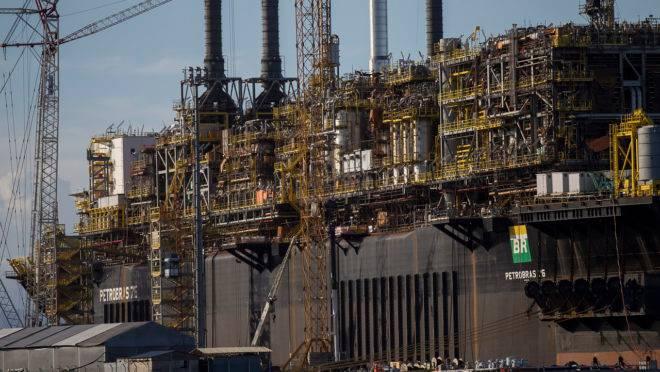 Novo leilão do petróleo pré-sal deve ocorrer dentro de sete a oito meses.