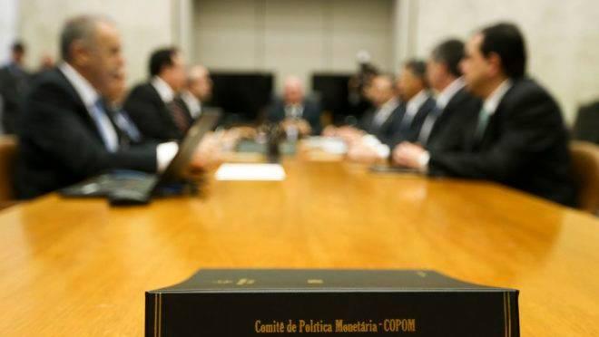 O Comitê de Política Monetária (Copom) define a taxa de juros básica do Brasil, a Selic.