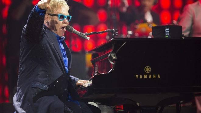 Curitiba recebe em novembro diversos shows, entre eles um tributo ao Elton John.