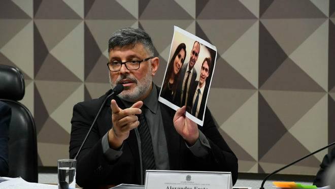 Deputado Alexandre Frota na CPI das Fake News