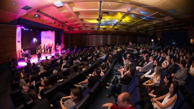 Gazeta do Povo é finalista na categoria Comunicação. Vencedores do Top de Marketing 2019 serão revelados no dia 13 de novembro