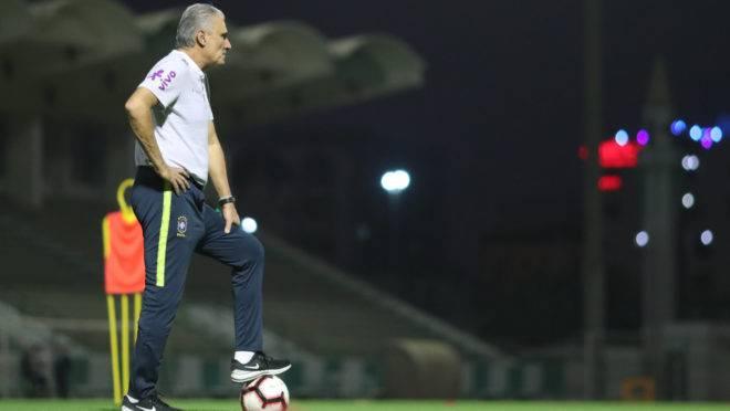 """Tite levou """"nó tático"""" de técnico da Bélgica em 2018"""