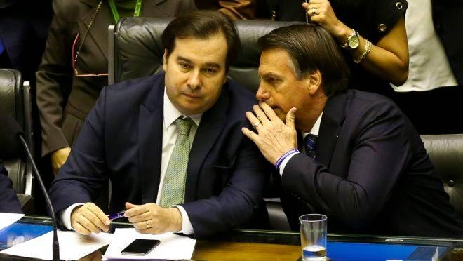 O presidente Jair Bolsonaro e o presidente da Câmara, Rodrigo Maia.