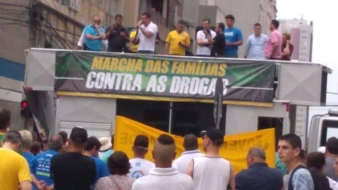 Marcha das Famílias contra as Drogas em Curitiba.