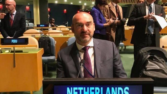 O filósofo e ex-senador holandês Roel Kuiper, na sede das Nações Unidas.