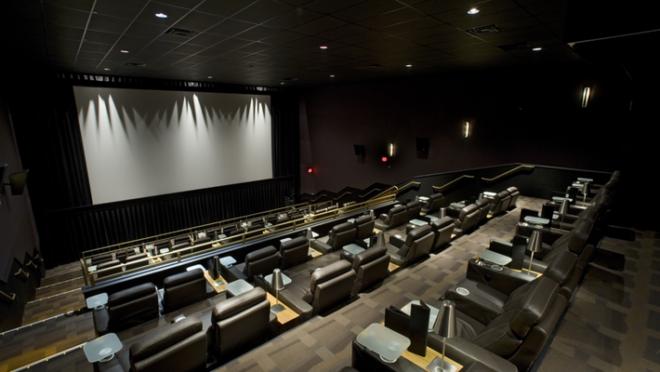 Nova sala de cinema é aposta para formação de público.