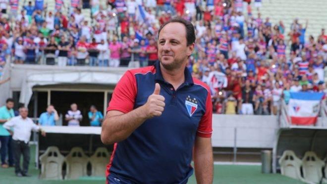 O nome de Rogério Ceni agrada à diretoria do Athletico