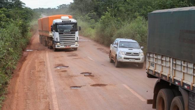 caminhão transamazonica