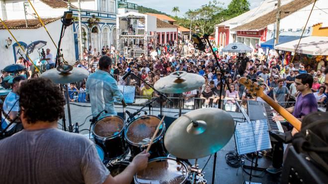 Festivais de jazz em Curitiba e Morretes serão gratuitos e ao ar livre.