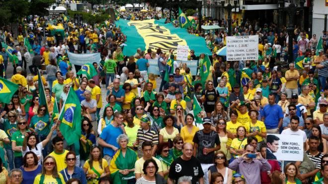 Dia 9 nas Ruas: manifestações e protestos em várias cidades