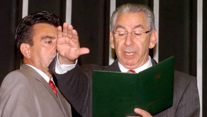 O suplente Silvio Torres (PSDB-SP) assumiu como deputado em 8 de fevereiro de 2011. No dia seguinte, deixou o mandato. Mesmo assim, recebeu o auxílio-mudança proporcional a um dia de trabalho.