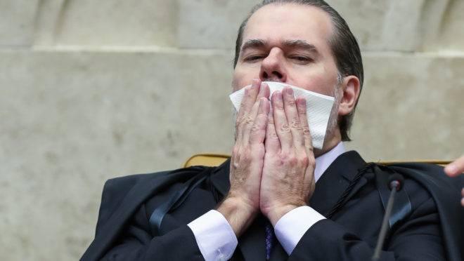 Presidente do STF, Dias Toffoli, deu o voto de minerva no julgamento que proibiu a prisão em segunda instância por 6 a 5.