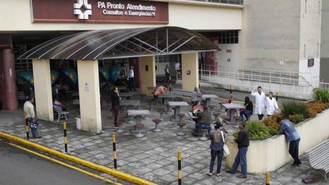 Concurso públicos deve repor 147 vagas no Hospital de Clínicas da UFPR, em Curitiba.