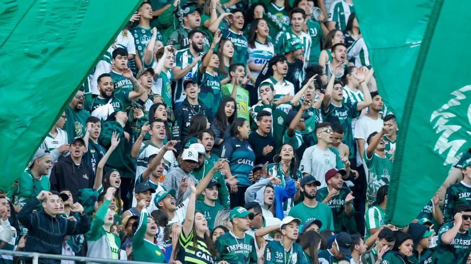 Coritiba lança promoção solidária para jogo decisivo no Couto