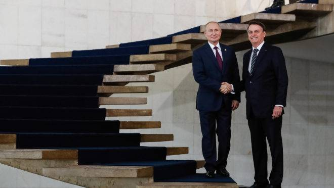 Putin e Bolsonaro na cúpula do Brics