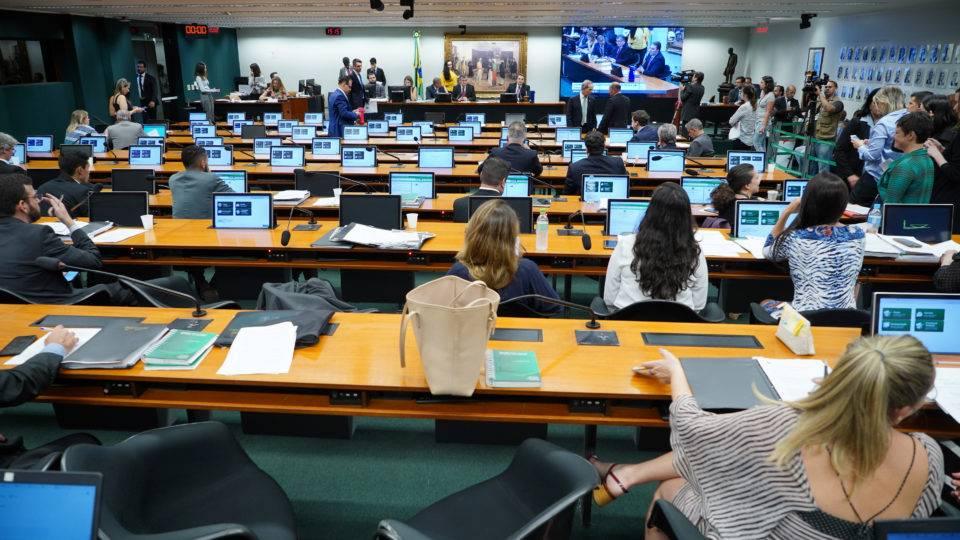 Nova PEC da 2ª instância dribla cláusula pétrea e abre caminho para aprovação na CCJ