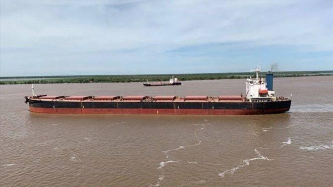 Navio Panamax Breeze transportou 72 mil toneladas de fertilizantes ao Brasil.