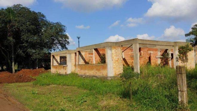 Construção de creche inacabada em Gravataí, no Rio Grande do Sul.