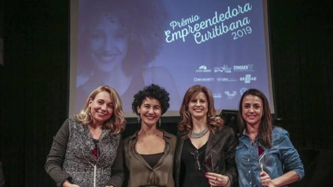 Na imagem, as vencedoras Ana Cristina Martins Alessi, Elaine Cristna Imbiriba, Carla Delponte Barbosa e Sandra Regina Marchi.