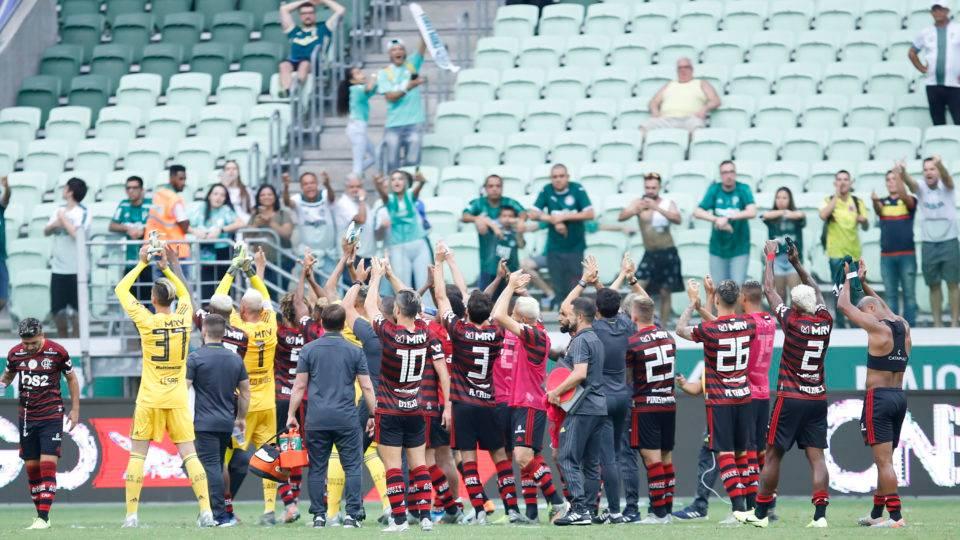 Flamengo vence outra vez, derruba 2º técnico rival e deixa o Palmeiras devastado