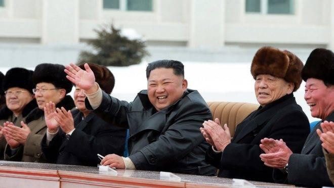 O ditador da Coreia do Norte, Kim Jong-un, na inauguração da cidade Samjiyon, 2 de dezembro