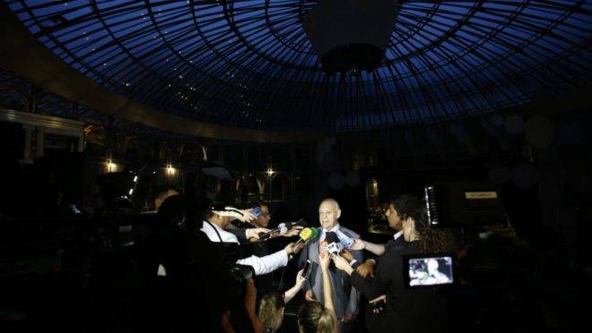 Deputado Ademar Traiano, presidente da Assembleia, estabeleceu rito relâmpago para votar PEC